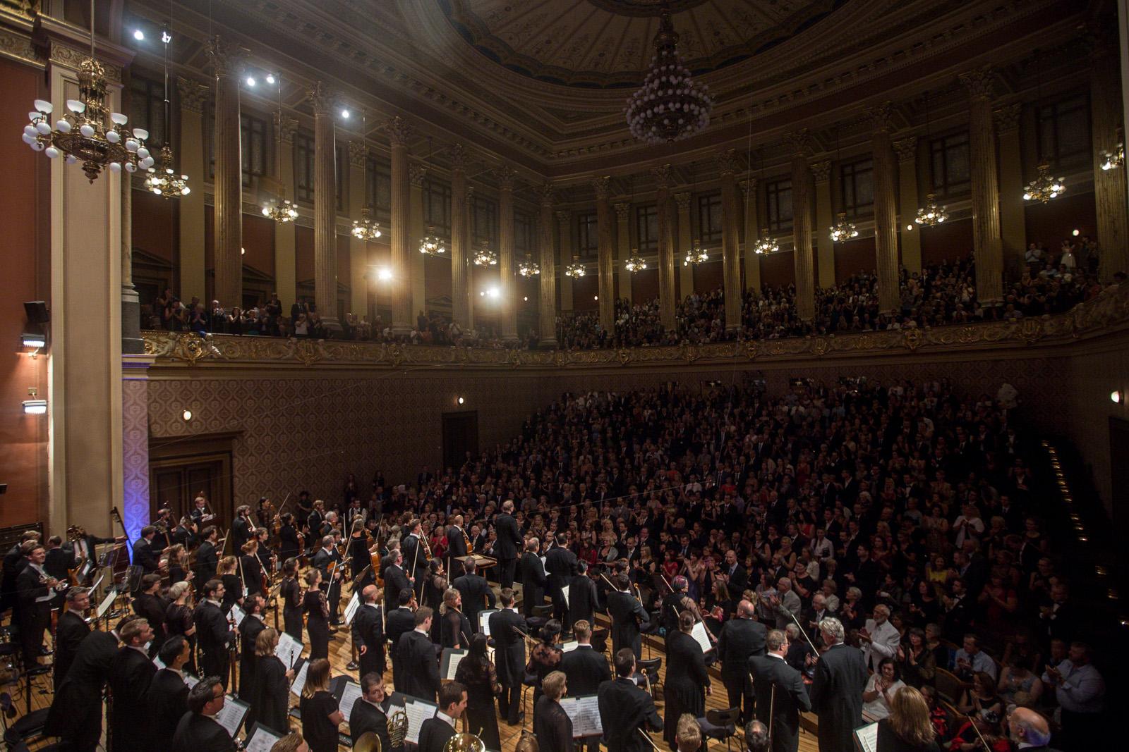The London Symphony Orchestra London Symphony Orchestra Love Symphonies